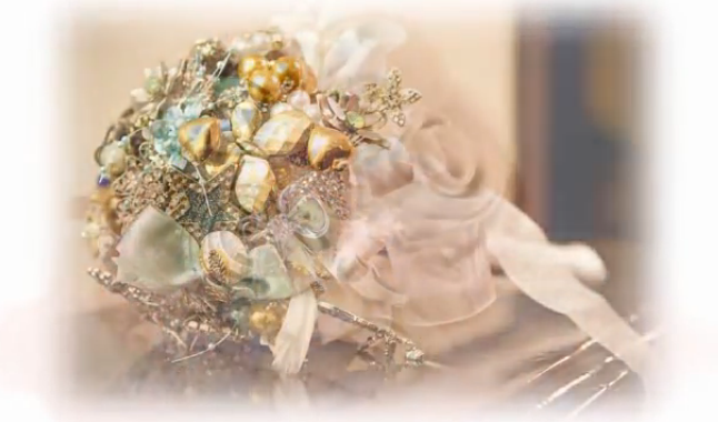 Modelo de Buquê de Broche Tendência das Noivas 2013 – Fotos3
