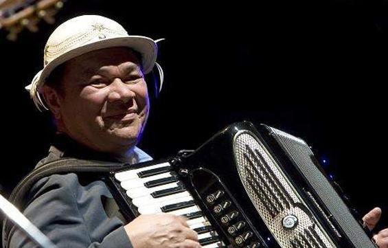 Morre aos 72 anos o cantor e compositor dominguinhos