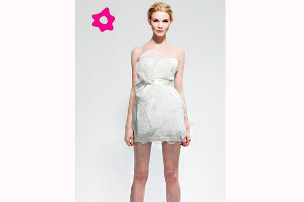 vestido-curto-tule-moderno