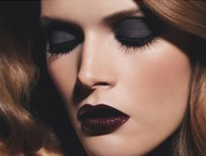 Como Usar Batom Escuro na Maquiagem – Dicas