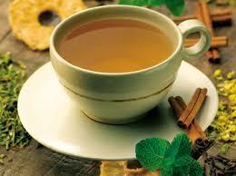 Chá-canela-regular-mestruação