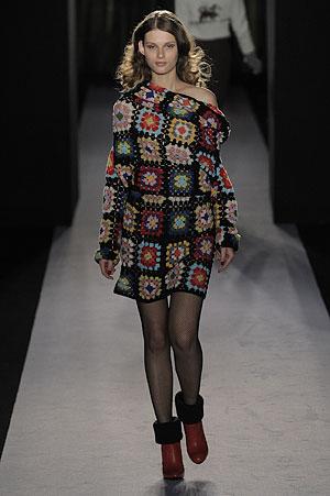 vestido em crochê artesanal