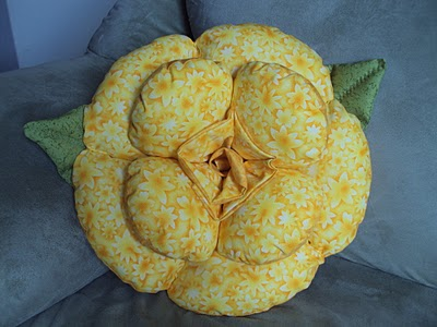 almofada-flor-amarela
