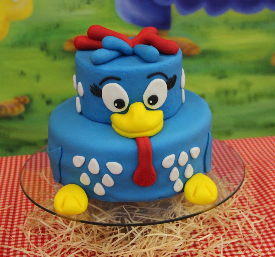 bolo-personagem-galinha-pintadinha