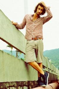 Tendência Camisa Masculina Floral – Fotos, Dicas de Como Usar e Onde Comprar