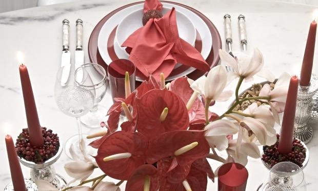 mesa-natal-vermelha