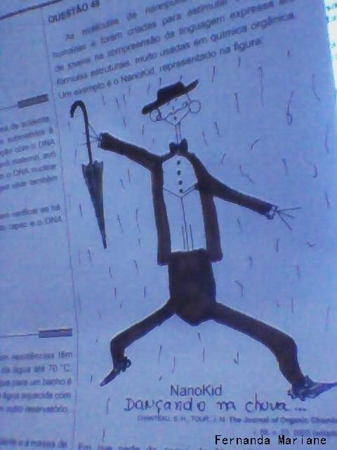 nanokid-dancando-na-chuva