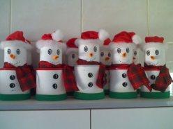 enfeites-natal-reciclado-boneco-neve