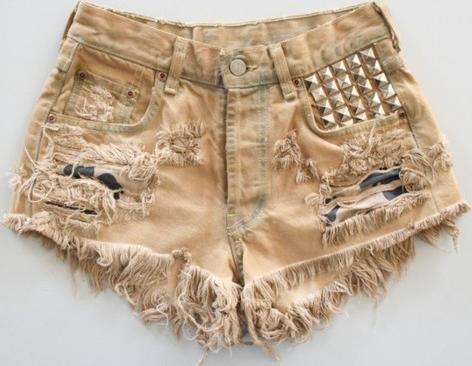 shorts-desfiado
