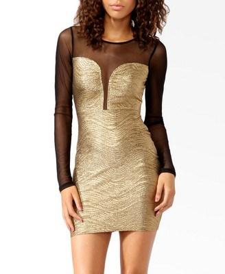 vestido-periguete-dourado-manga-longa