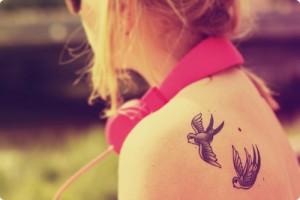 Como Cuidar da Tatuagem no Verão – Dicas  e Truques