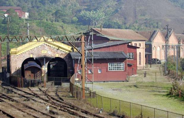 paranapiacaba-estrada-de-ferro