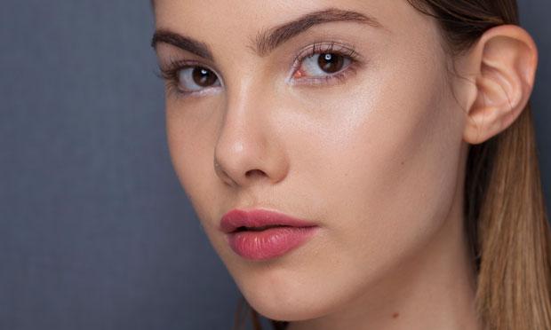 tendencias-maquiagem-inverno-2014-blush