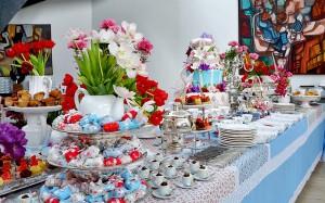 Chá-de-cozinha-azul-vermelho-rosa