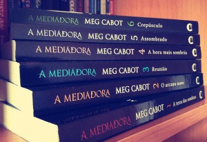 a-mediadora-serie-livros