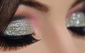 Tendência Maquiagem com Glitter– Dicas e Como Fazer