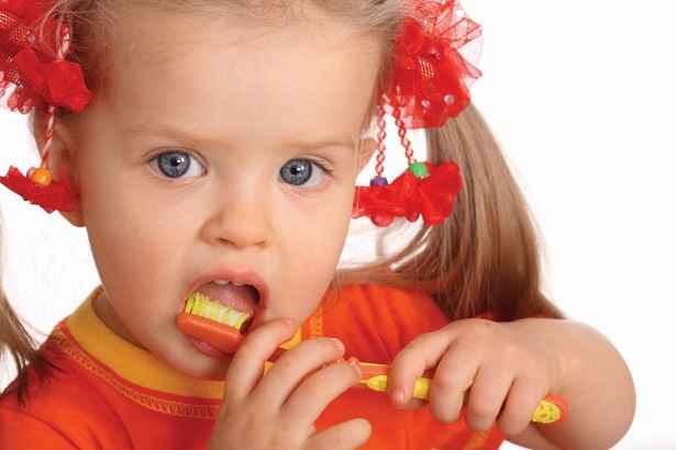 fluorose-dentaria-manchas-nos-dentes